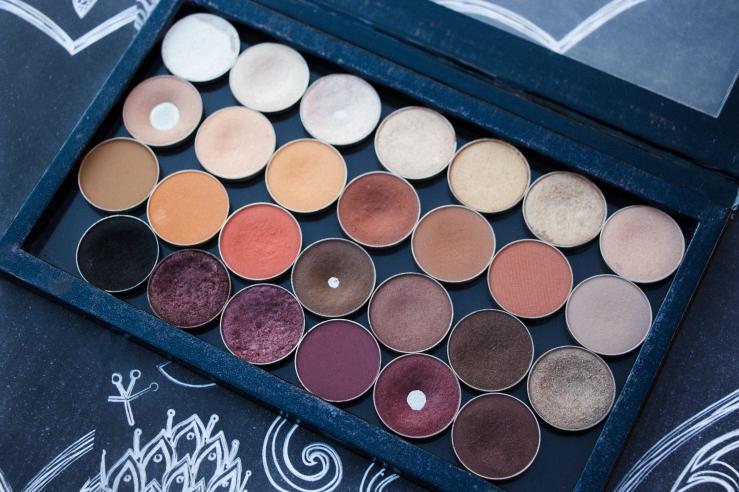 Makeup Geek single shadows zPalette MOTD Phoenix MUA